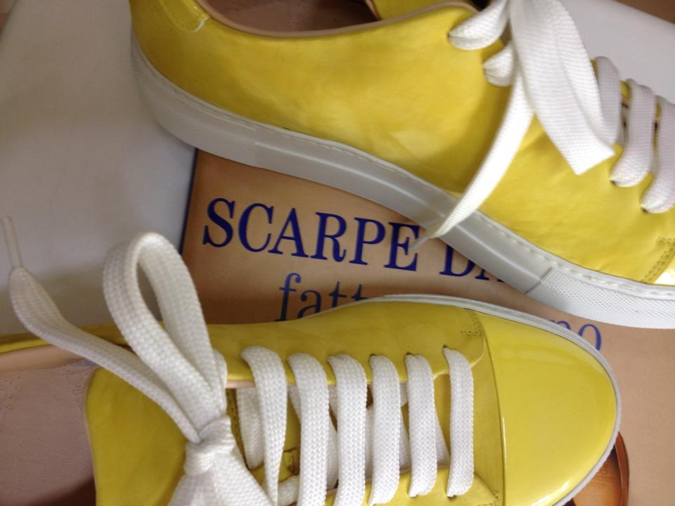 yellow_sneakers