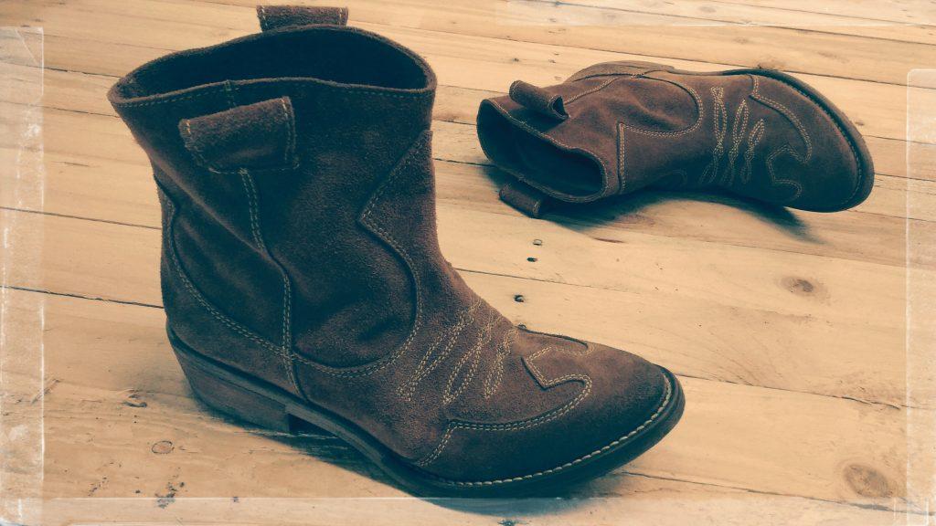 vintage_western_booties